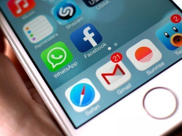 Bateria do celular acabando por causa do WhatsApp